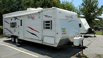 2006 GulfStream 26ft toy hauler travel trailer new tires, roof cleaned/sealed