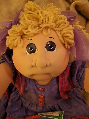 RCK 07~VALENTINES DAY~Cabbage Patch Kids~SOFT SCULPTURE~Cloth Doll~Little People
