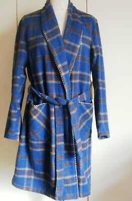 Vintage 1940s wool dressing gown McGregor blue tartan check chest 38 inches