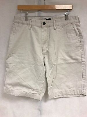 2ae3a39a21 GAP CARGO SHORTS Mens Size 38 Green Lived In Chino Cotton 11 Inch ...