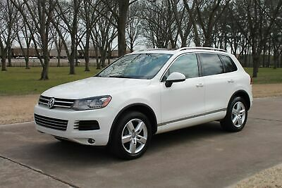 2012 Volkswagen Touareg Lux TDI  1 Owner Perfect Carfax One Owner Perfect Carfax TDI Diesel Panoroof Heated Leather Seats Navigation