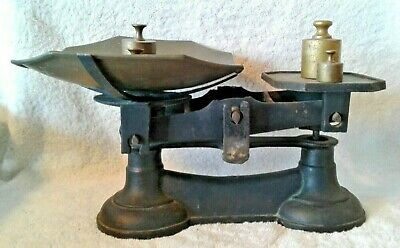 Antique Cast Iron Black Candy Hardware Scale w/ Brass Scoop Bowl & 4 Weights