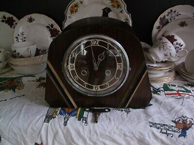 A  Nice Smiths/enfield Mantle Clock  With  Gong