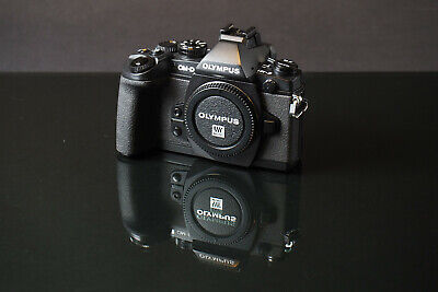 Olympus OM-D E-M1 Body used fresh cla