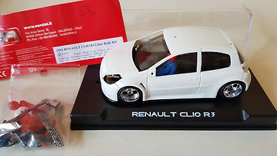 NSR 1016 RENAULT Clio RS R3 kit à assembler new in box