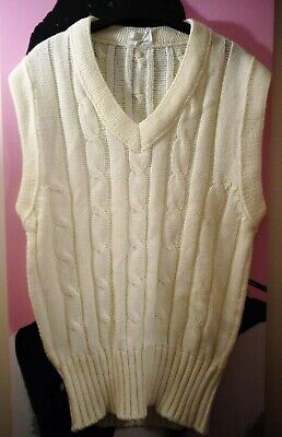 David Gower Collection - Sleeveless  White Thick Cable Knit Jumper - Medium