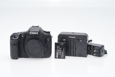 Canon EOS 7D 18MP Digital SLR Camera Body                                   #694