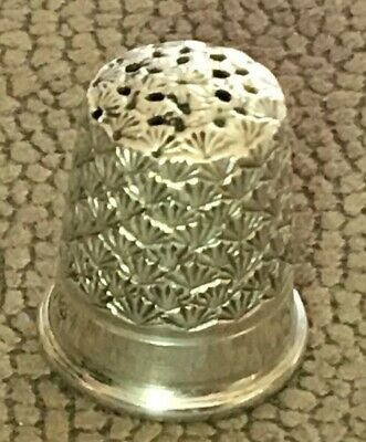 Sterling Silver Thimble. Charles Horner. Chester 1923.