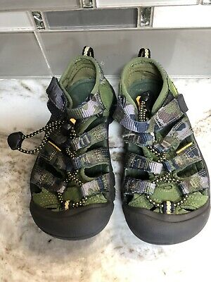 3cf504188295 KEEN Toddler Boy Size 10Newport H2 Waterproof Sandals Hiking Green Outdoor  Shoes