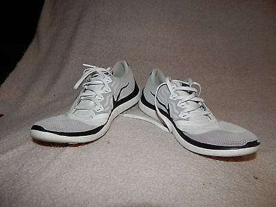 buy popular 9fbb4 a978c NIKE FREE RUN 4.0 Flyknit Running Athletic Shoes White Size 10 Barefoot Ride