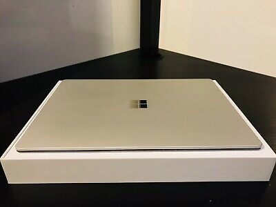 Microsoft Surface Laptop 13.5in - 128GB - Intel Core i5 7th Gen - 4GB - Platinum