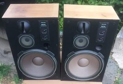Pair of Vintage Realistic Mach Two Speakers Amazing Sound See Fully Tested