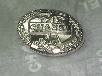 CHANEL  CC LOGO FRONT AUTH SILVER tree BUTTON TAG 16 x 12 MM emblum NEW CUBA