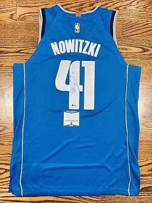 3428b1f5fa9 Dirk Nowitzki Signed Dallas Mavericks Jersey Authentic Beckett Bas Coa   g59592