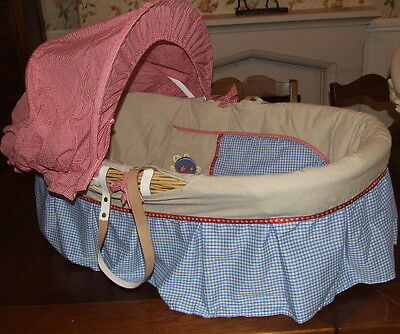Baby Unisex Wicker Moses Basket Bassinet Crib VGC
