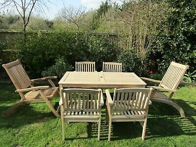 Large Solid Wood Garden Table & 6 Chairs Set Inc 2 Carvers -Very Good Condition