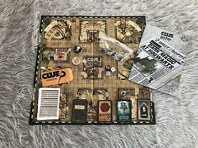 Clue Harry Potter Discover the Secrets of Hogwarts Board Game