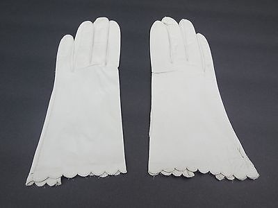 **Designer Ladies Putty Leather Dress Gloves Unlined Size 6.5