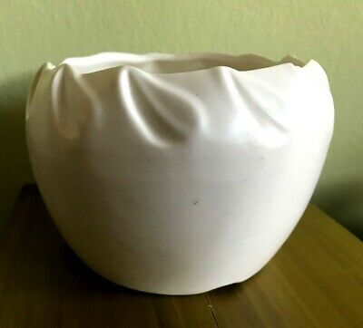 Vtg Original USA Pottery Mid Century Matte White Vase Cachepot Planter Pleated