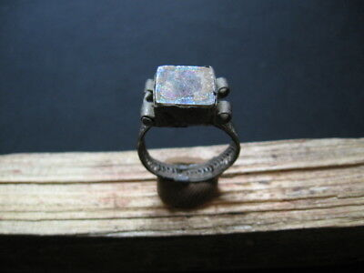 ANCIENT ROMAN BILLON SILVER FINGER RING WITH IRIDESCENT GLASS STONE 1-2 ct A.D.