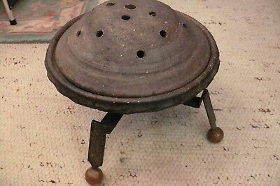 Rarity Antique Footwarmer Tone with Iron Stand from Urgroßmutter Era! Um