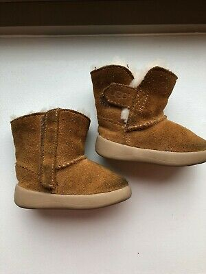 11f16f55753 UGG BABY GIRL Boy Caden Chestnut Leather Booties Boots ~ 2/3 *EUC ...