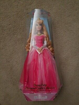 NEW 2019 Disney Parks Diamond Castle Collection Limited Edition Aurora Doll