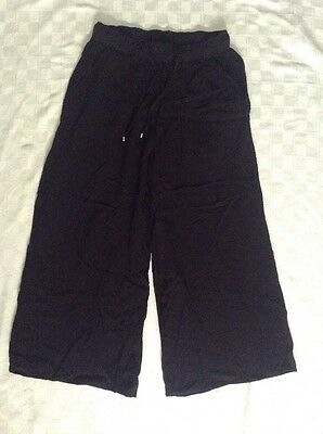 H&M Divided Women's Black Capri Pants cropped loose viscose US Size 4