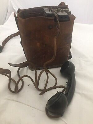 Vintage - WWI / WWII Signal Corps Telephone EE-8-B Field Phone - Leather Case