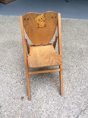 Vintage 1940s Oak? Wood Heart Shaped Teddy Bear Decal Folding Child's Doll Chair