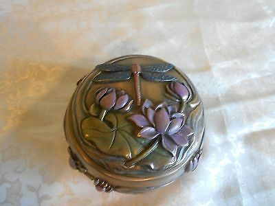 Beautiful Hand-Painted Cold Cast Resin Dragonfly Decorative Box! Brand New