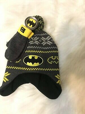 57e4980bd8a DC BATMAN BOYS Winter Hat Gloves Beanie SET Mittens Kids Toddler ...
