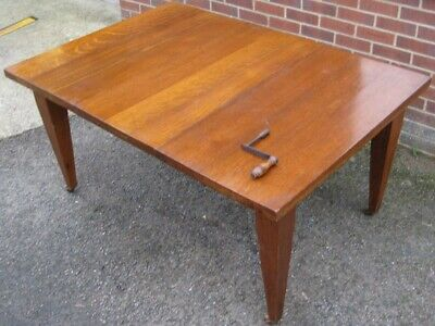 Antique Victorian Arts & Crafts solid oak 1 leaf extending dining table seats 8