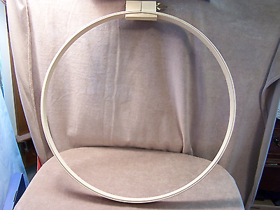 "Wood Quilter's Ring - 18"" -  Used"