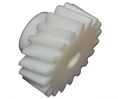 "Helical Gear Plastic 15 Teeth 1.575"" PCD 1.775"" OD Right Hand HPC ZSH10-21R/H"