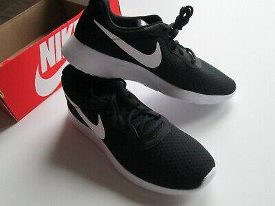 quality design 25925 39dc9 New Nike Men s Tanjun Running Shoes 812654-011 Size 10 - Black White