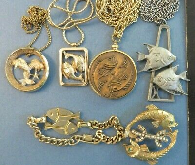 CHOICE Pisces Zodiac 02/19-03/20 Fish Avon Cathedral Embossed Trifari RS Pearl