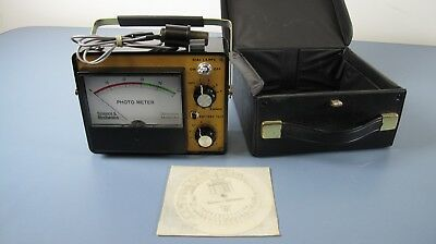 SCIENCE & MECHANICS A-3 DARKROOM PHOTO METER  WITH PROBE & CASE Excellent Cond.