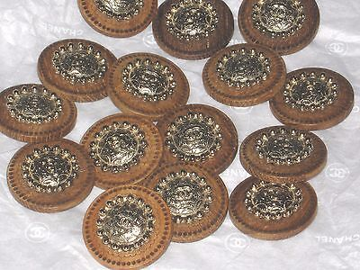 CHANEL 17 BUTTONS  WOODSY BROWN ,  matte gold   CC LOGO 20 MM  NEW LOT 17 DALLAS