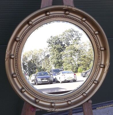 Gilt-Framed Round Wall Mirror in the Antique Style