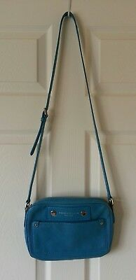 35cb560eb977 MARC BY MARC JACOBS - Preppy Leather Camera Bag - Crossbody - Electro Blue