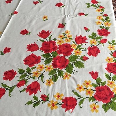 New Old Stock Vtg MCM Bold Roses Red Orange Green Floral Tablecloth NIOP