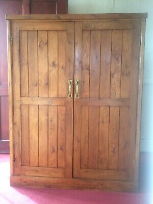 Beautiful Old Antique Vintage Linen Laundry Cupboard
