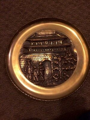 """Stunning Vintage Antique 10"""" HEAVY Solid Brass Wall Hanging Chinese Scene WOW!!"""
