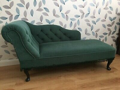 Green Velvet Chaise Longue