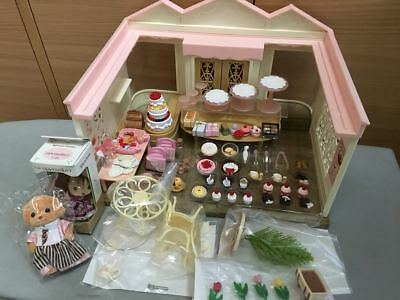 Attentive pastry cake shop Sylvanian Families  Japan Calico Critters  Epoch