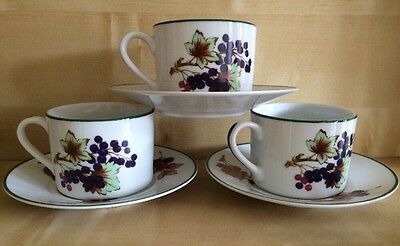 Royal Worcester Evesham Vale Cups And Saucers (3) Excellent Condition