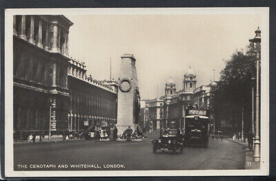 London Postcard - The Cenotaph and Whitehall    RS13918