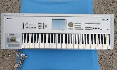 KORG TRITON STUDIO 88 Keyboard Synthesizer Piano Workstation