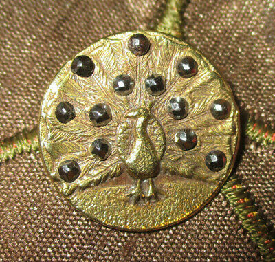 ANTIQUE VICTORIAN BRASS METAL PICTURE BUTTON - FEATHERED PEACOCK w CUT STEELS